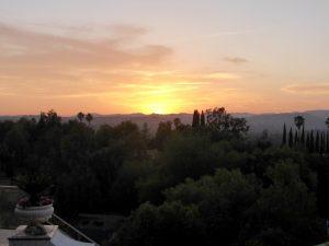 Vor lauter Basketball fast nicht den herrlichen Sonnenuntergang über den Santa Monica Bergen verpasst...