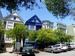 Und immer wieder in den Straßen diese wunderschönen viktorianischen Häuser.