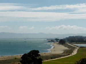 Blick vom Presidio auf Crissy Field und die Bay.