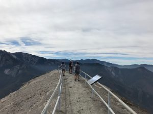 Und Moro Rock on the top