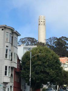 Coit Tower auf dem Telegraph Hill.
